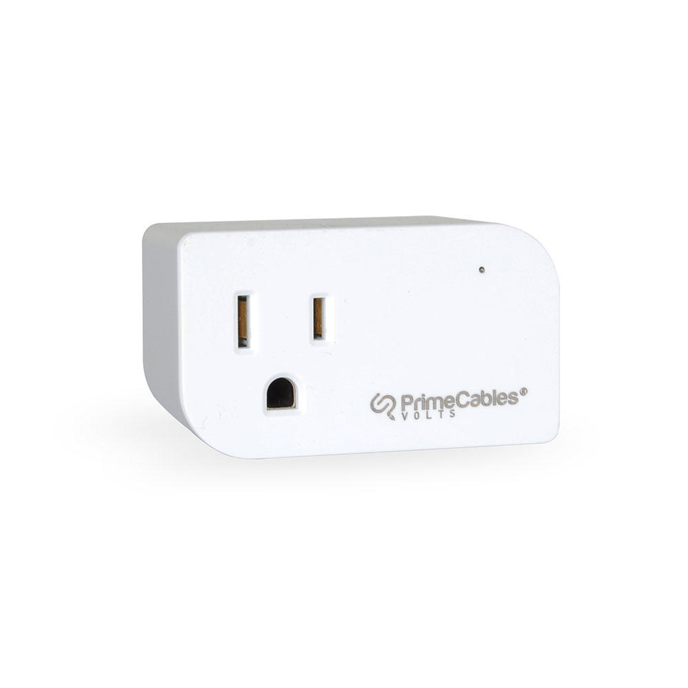 a white single-socket outlet with the logo of PrimeCables